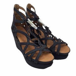 """Gentle Souls """"Joy"""" Suede Wedge Sandals Navy Size 8"""